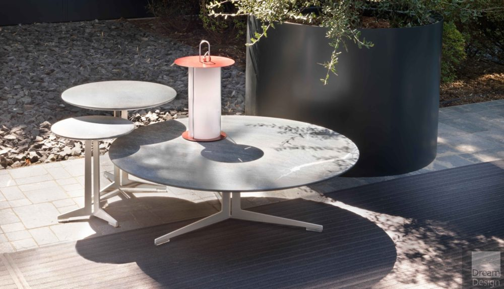Flexform Fly Outdoor Round Coffee Table