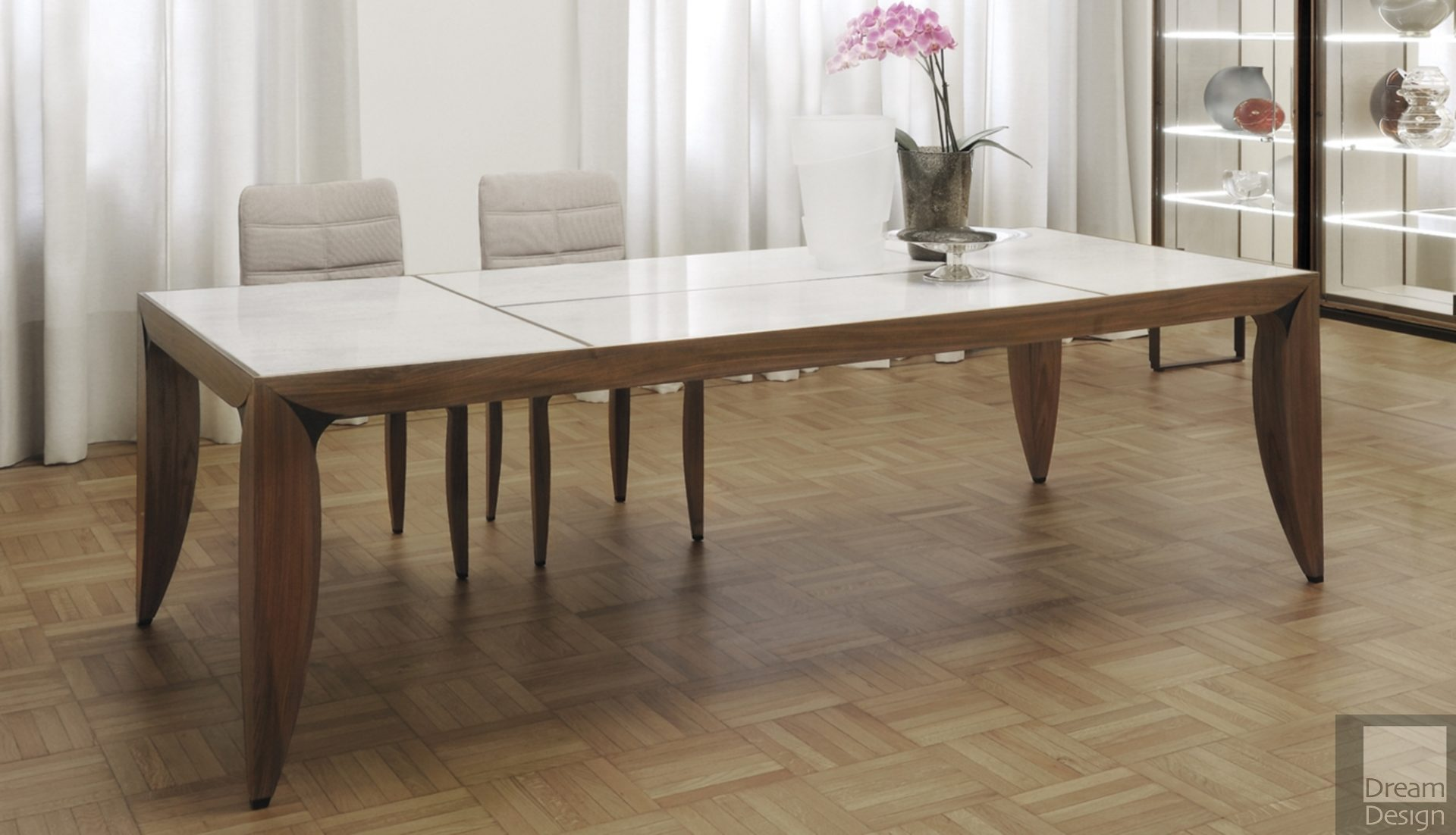 Giorgetti Argo Dining Table Ex-Display